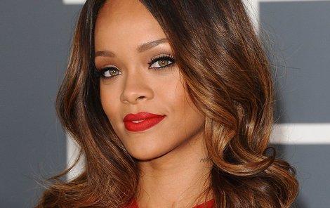 Rihanna má nového milence...