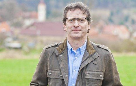David Prachař slaví 58. narozeniny. Přejeme všechno nejlepší!