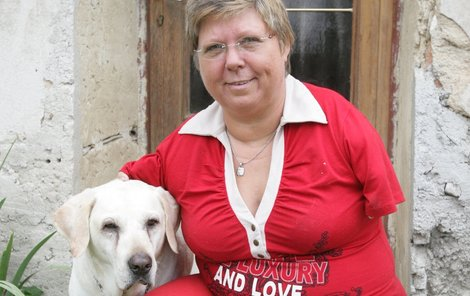 Paní Celou z Jihlávky sprostě okradl advokát Focko!