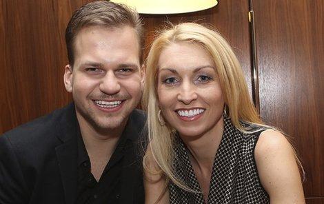 S partnerkou Ivonou Selníkovou (41).