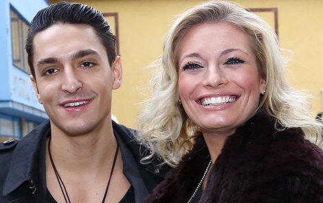 Lucie a Michal museli vysvětlovat svůj poměr v zaměstnání.