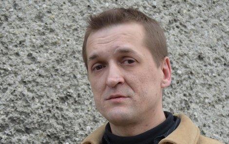 Rostislav Škrbala ohnivou apokalypsu uviděl mezi prvními a neváhal vběhnout dovnitř.