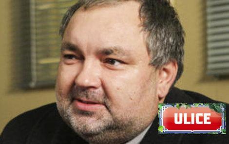 Václav Svoboda alias Lumír Nykl začal hubnout. Už nemá co na sebe...