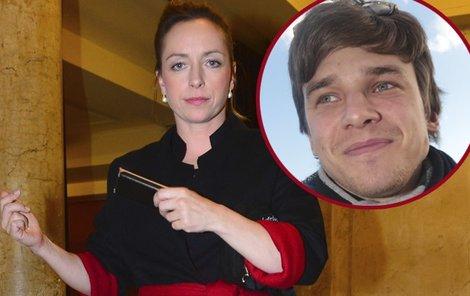 Proč Tatiana Vilhelmová stále oddaluje okamžik, kdy řekne Vojtovi Dykovi své ANO?
