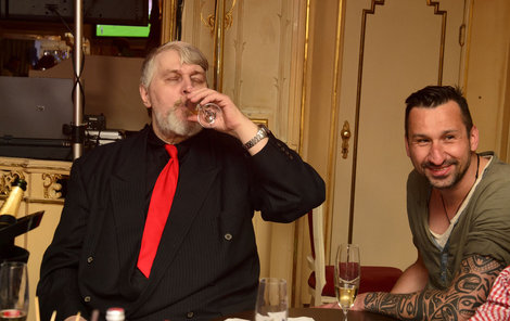 Ivan Jonák s kamarádem Dj Uwou.