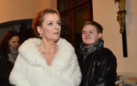 Iveta i po smrti vydělala svému synovi velké jmění.