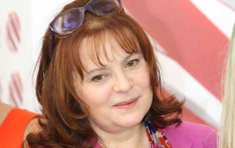 Libuše Šafránková má rakovinu a po operaci se zotavuje v domácí péči.