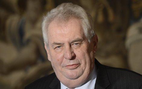 Miloš Zeman rozčiluje část národa nejen hospodskou mluvou, ale i příklonem k Rusku a údajnému podlézání Číně.