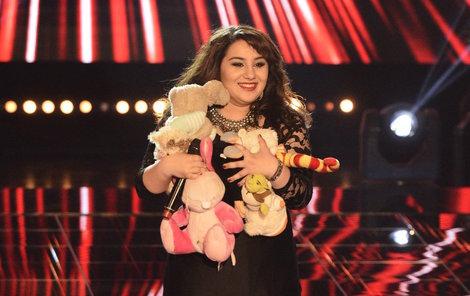 Andrea Holá dostala od svých fanoušků mnoho plyšáků.