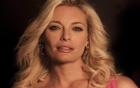 Protože se Lucie zamilovala do Michala, řecký expartner jí dělá problémy.