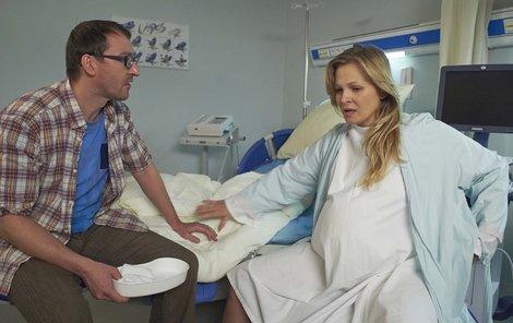 V seriálu ULICE si porod užívali všichni zúčastnění, Míša ale měla problémy.