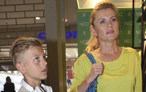 Leona Machálková nechce dělat ze syna blbce.