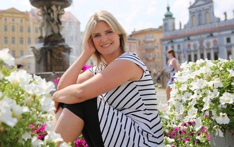 Rodilá Pražačka Dana Verzichová žije v Českých Budějovicích.