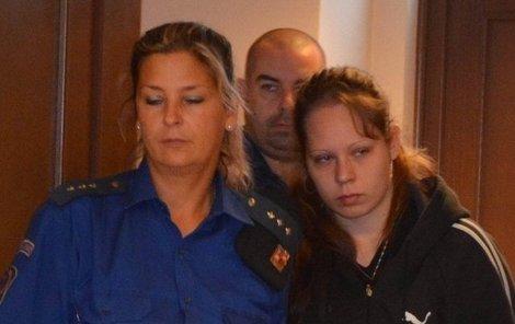 Lucie K. (21, vpravo) zavraždila své čerstvě narozené dcery.