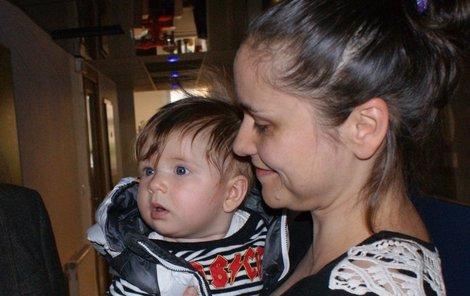 Lenka Dusilová se synem se náhodou potkali s Karlem Gottem.