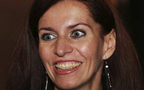 Nora Fridrichová po překonané manželské krizi vypadá spokojeně.