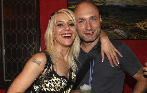 S manželkou Mirjam je Landa ženatý 25 let.