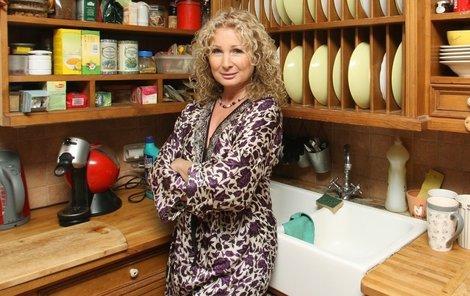 lana Nálepková ve své kuchyni