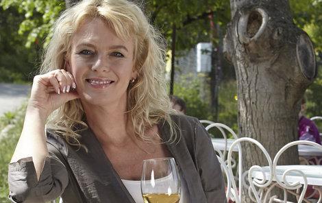 Lucie Benešová dnes slaví narozeniny. Přejeme všechno nejlepší!