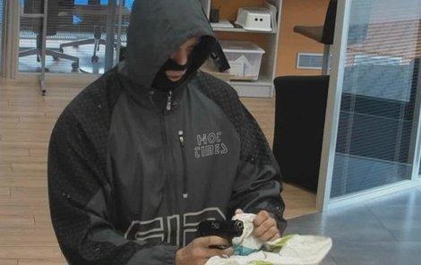 Lupič kradl v bance