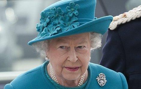 Alžběta se teroristů nebojí.