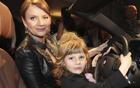 Jolana Voldánová a její nejmladší dcera.