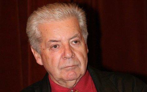 Moderátor Receptáře Přemek Podlaha je po smrti. Bylo mu 76 let a pravděpodobně podlehl rakovině.