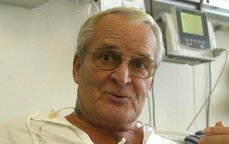 Vladimír Brabec má po zástavě srdce trojitý bypass.
