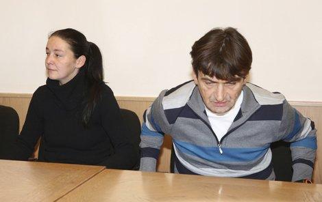 Libor Ch. dostal 6, jeho přítelkyně Danuše F. 5 let vězení.