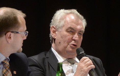 Prezident Miloš Zeman opět rozpoutal vášnivé debaty.