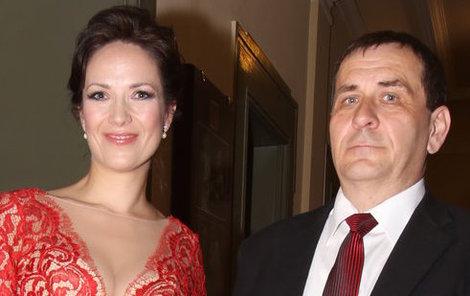 Tereza Kostková bude mít na Vánoce celou rodinu pohromadě. Přijde i její exmanžel Petr Kracik.