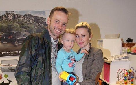 Lukáš Langmajer se svou rodinou
