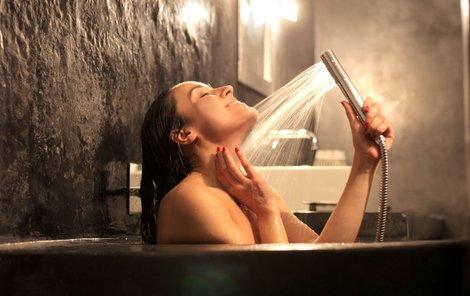 A co vy, dámy, jak často se sprchujete nebo koupete?