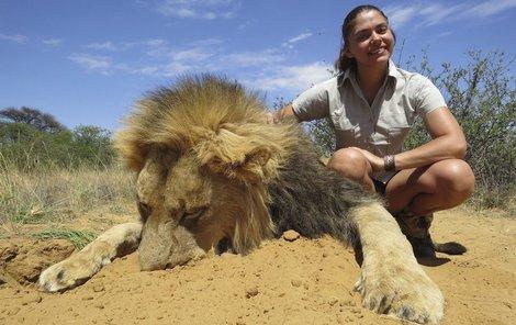 Michaela s jednou z obětí, tentokrát lvem.