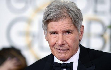 Americký filmový herec Harrison Ford (72) se zranil při čtvrteční nehodě malého historického letadla, s kterým havaroval na golfovém hřišti v okolí Los Angeles.