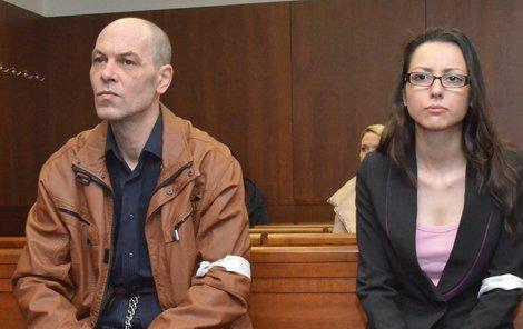Petr Slovák a Zuzana Gyurková neváhali ve svém nevěstinci zaměstnat i nezletilou dívku. Teď je čeká kriminál.