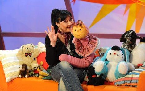2010: Dáda připravovala pro děti televizní pořad s žížalou Julií.