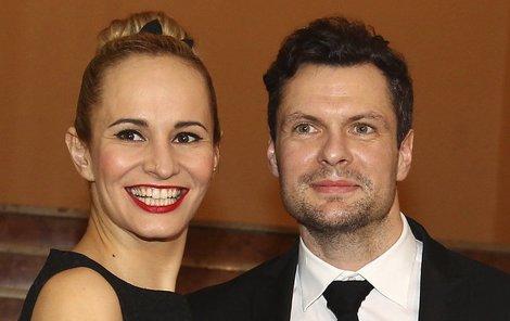S přítelem Tomášem Hornou zpěvačka rozkvetla.