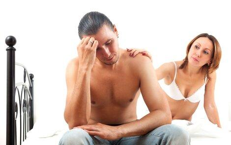 Potíže v sexu trápí víc mužů, než se předpokládá