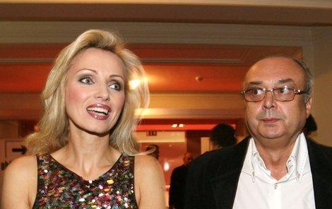 Producent měl slabost pro krásné blondýny, byl expartnerem Kateřiny Brožové.