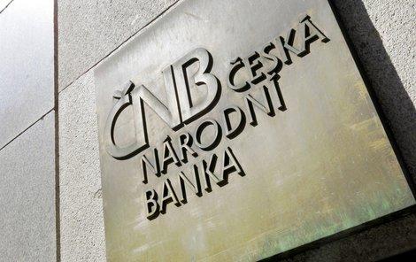 Česká národní banka loni vydělala 56 miliard korun, ale do státního rozpočtu je nedá