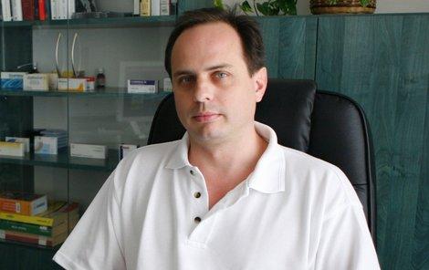MUDr. Petr Kovář.
