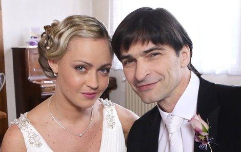 Seriálovou nevěstou Podhůrského se stala Izabela Kapiasová.