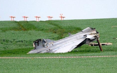 Letoun havaroval při přistání.