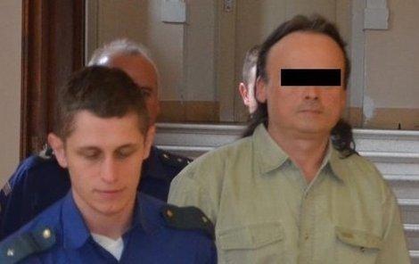 Ladislavu O. hrozí 12 let vězení.