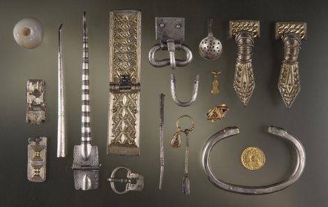 Soubor šperků z Měcholup