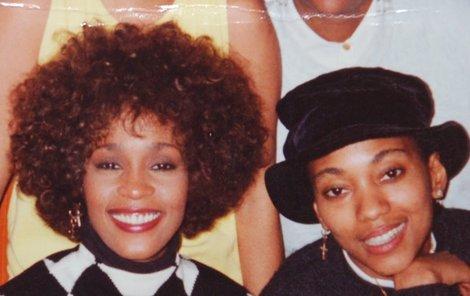 Whitney Houston a její přítelkyně Robyn.