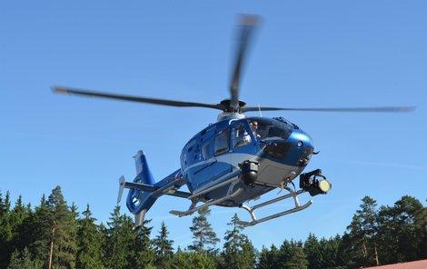 Stav dívenky je kritický, převážel ji vrtulník.