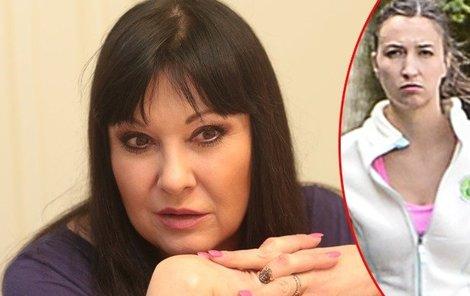 Dagmar Patrasová je pohoršená chováním Lucie Gelemové.