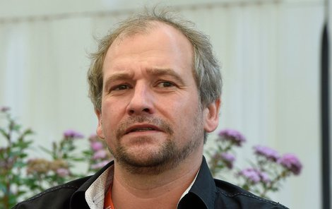 Marek Taclík si s parkováním hlavu nelámal.